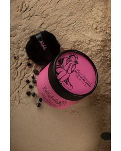 Betty Hula Dusting powder in Rum & Blackcurrant