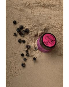 Betty Hula Nourishing lip balm in Rum & Blackcurrant
