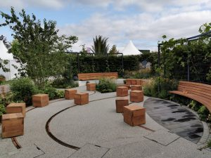 live well garden rhs seating blocks